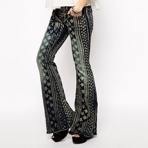 Free People Bali Printed flare jeans size 25